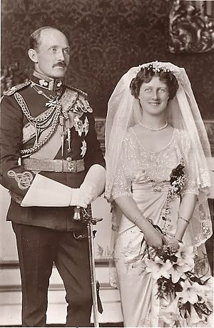 Princess Alexandra, 2nd Duchess of Fife - The wedding day of Prince Arthur of Connaught and Princess Alexandra of Fife.