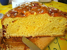 Easter customs wikipedia italian traditional easter cake called the colomba pasquale negle Choice Image