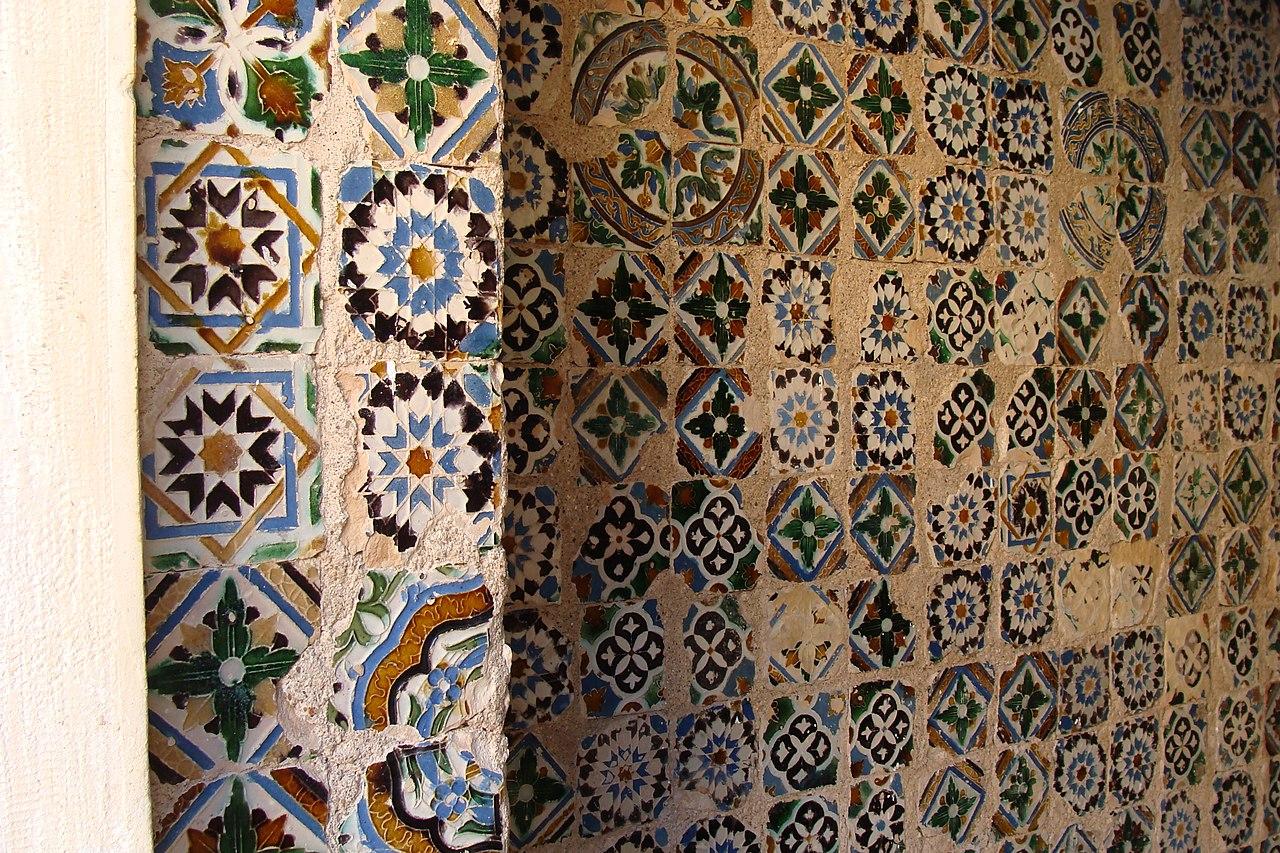 File azulejos 6814607797 jpg wikimedia commons - Azulejos roman ...