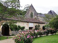 Béruges (Vienne) Abbaye du Pin.JPG