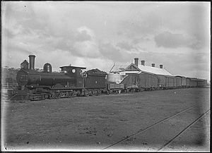 Midland Railway of Western Australia - B6 with a mixed train at Watheroo, ca 1910