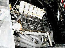 BMW M1 Grp 4 Engine bay Exhaust manifold.JPG