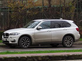BMW X5 Xdrive30d 2014 (14928291291).jpg