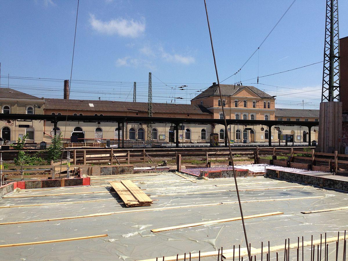 Verbindung Zwischen Bahnhof Paris Est Zu Hotel B B Disneyland