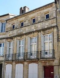 Bar-le-Duc-4, place Saint-Pierre.jpg