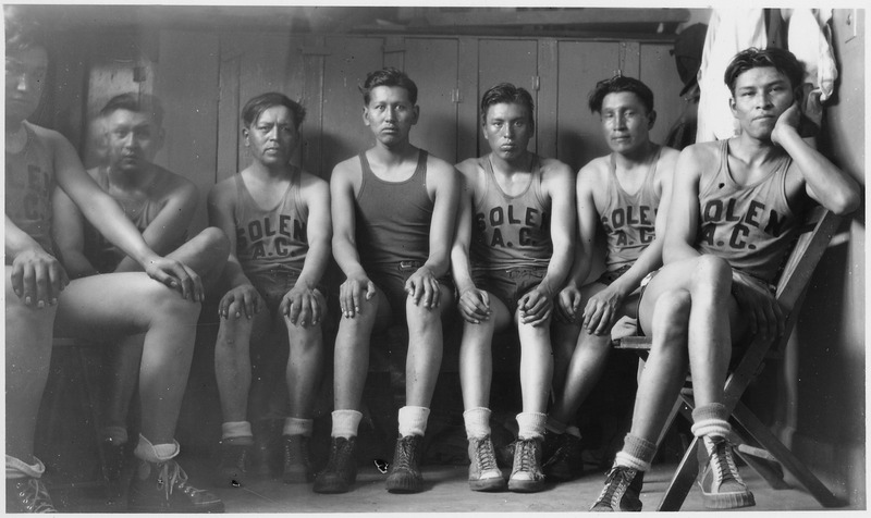 File:Basketball team - NARA - 285801.tif
