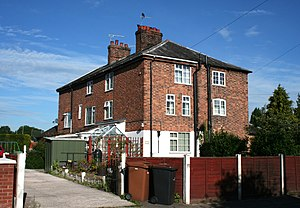 English: Beehive Cottages, 120–126 Audlem Road...