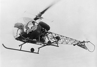 Bell H-13 Sioux - Image: Bell 47 OH 13 inflight bw