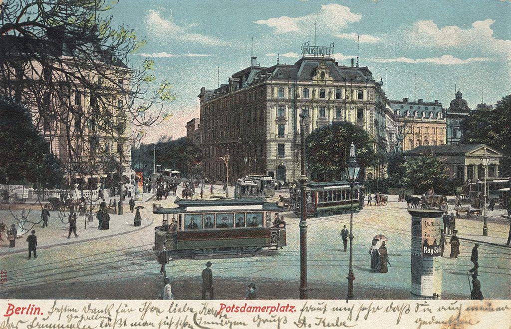 Potsdamer Platz à berlin sur une carte postale de 1900.