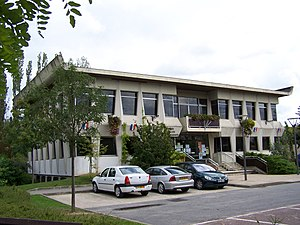 Beynes, Yvelines - The town hall in Beynes