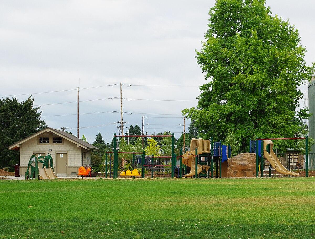 Bicentennial Park Hillsboro Oregon