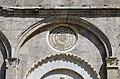 Biduino, portale centrale della pieve dei Santi Ippolito e Cassiano (San Casciano di Cascina) 1180, 02.jpg