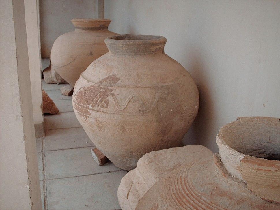 Bishapour jarres