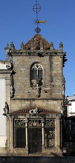 Braga-Sao Joao do Souto-05-Capela dos Coimbras-2011-gje.jpg