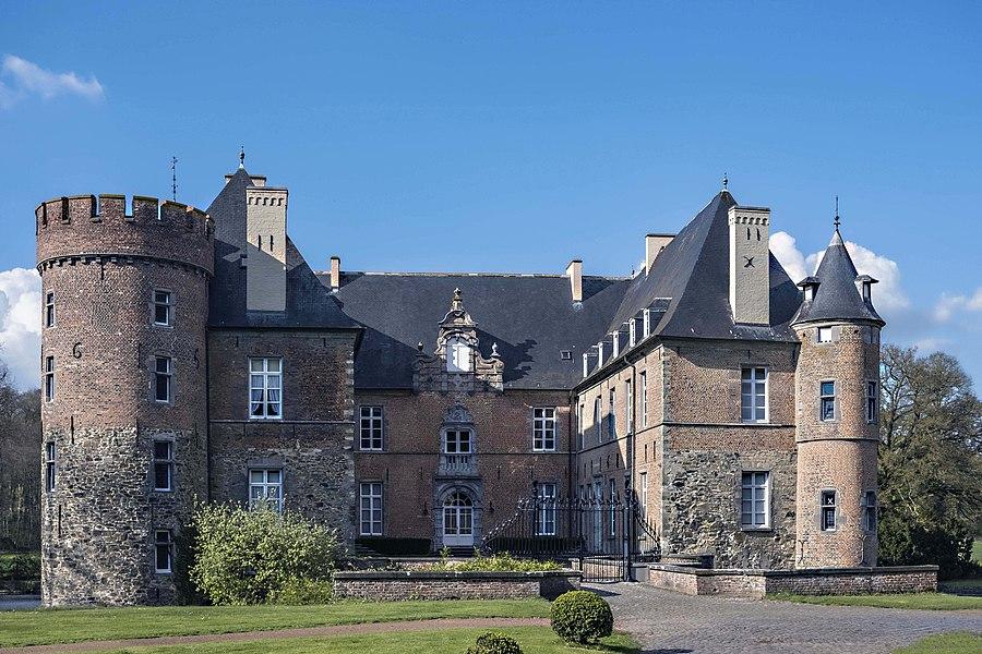 Château médiéval du Brabant Wallon (Belgique), actuellement propriété privée.
