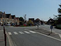 Brebières - Place des héros - 2.JPG