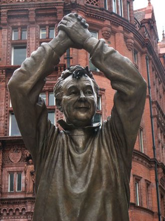 European Cup and UEFA Champions League records and statistics - Statue of Brian Clough, Nottingham Forest manager in 1979 and 1980