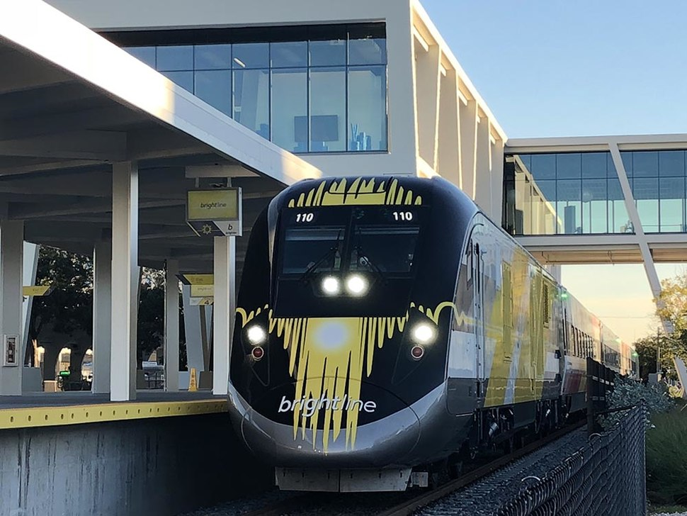 Brightline train at Fort Lauderdale station