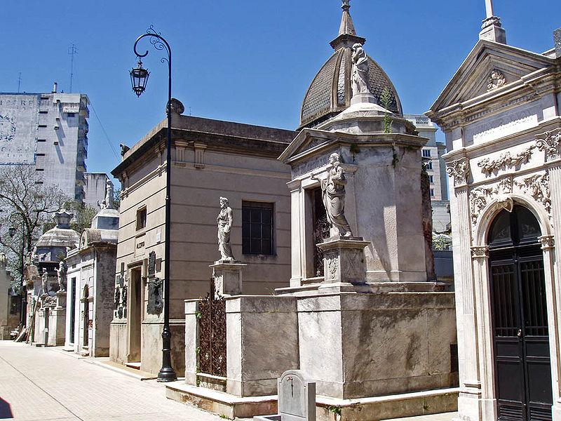 Archivo:Buenos Aires-Recoleta-Cementery-P2090035.JPG