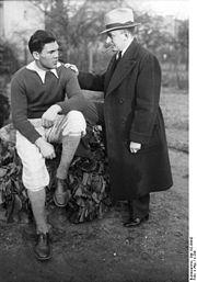 Bundesarchiv Bild 102-09942, Max Schmeling mit seinem Manager Joe Jacobs