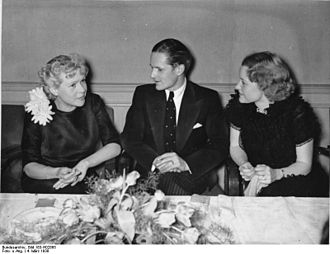 Ewald von Demandowsky - Pictured at a Reichsfilmkammer dinner with actresses Fita Benkhoff and Hilde Krüger, 1938