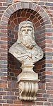 Bust of Ninus from Duesternstrasse 43-51, Hamburg.jpg