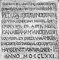 COLLECTIE TROPENMUSEUM 'Gedenksteen van fort 'Victoria' op Ambon' TMnr 10002137.jpg