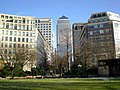 Canada Square in a sunny day - panoramio (1).jpg