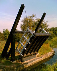 Canal drawbridge.jpg