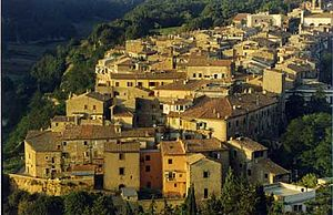 Canino - Panorama of Castelvecchio, the most ancient district of Canino.