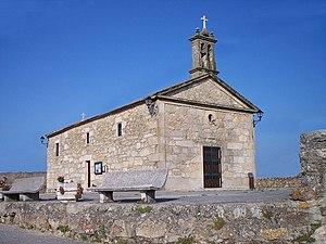 https://upload.wikimedia.org/wikipedia/commons/thumb/5/5f/Capela_da_Guia.jpg/300px-Capela_da_Guia.jpg