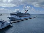 Carnival Conquest and Star Legend (31087334004).jpg
