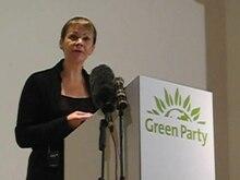 Archivo: Caroline Lucas speech 20080906.ogv
