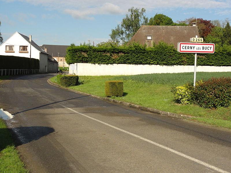 Cerny-lès-Bucy (Aisne) city limit sign