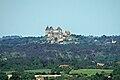 Château de Biron vu depuis Monflanquin.jpg
