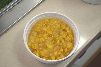 Chè - A bowl of chè bắp