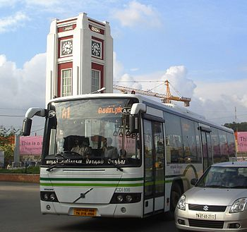 English: A Chennai MTC Volvo bus in front of t...