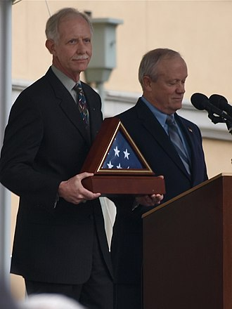 Jerry McNerney - McNerney presenting Chesley Sullenberger with a framed flag, as part of a January 24, 2009 celebration honoring the pilot in his hometown of Danville, California.