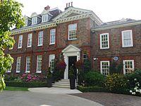Chester House, Wimbledon 05.jpg