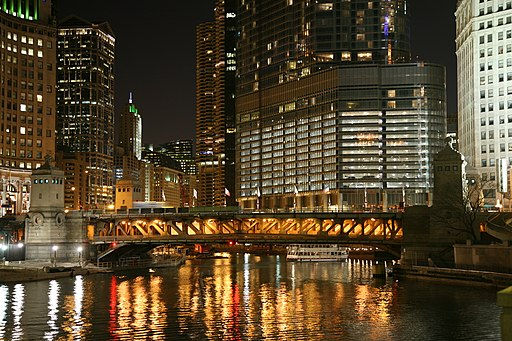 Chicago River night 3