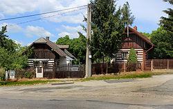 Chudíř, old houses.jpg
