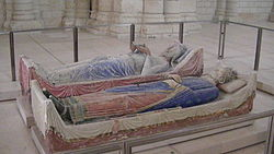 Church of Fontevraud Abbey Eleanor of Aquitaine and Henry II effigies2.jpg