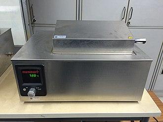 Laboratory water bath - A water bath operating at 72°C