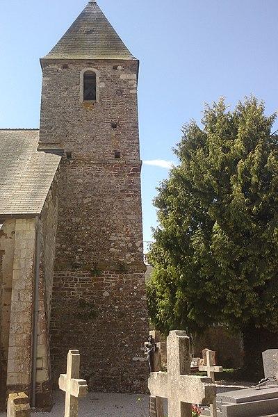 Le clocher de l'église de Saint-Symphorien-les-Buttes, commune associé à fr:Saint-Amand (Manche)