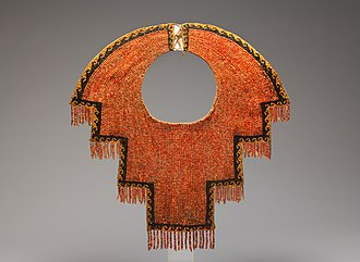 Chimú culture - Chimú collar, twelfth-fourteenth century, made of Spondylus beads, stone beads, and cotton - Metropolitan Museum of Art