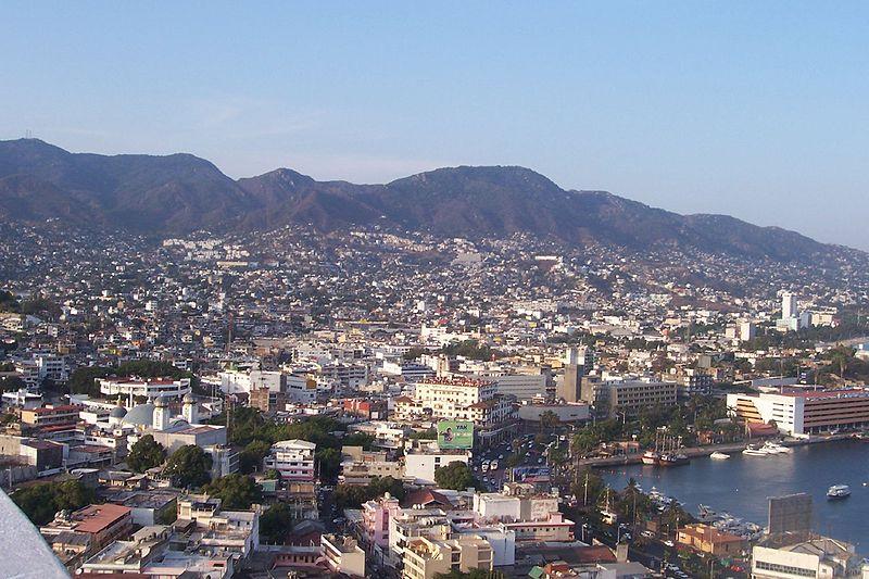 Ficheiro:Colonia Centro of Acapulco, Mexico.jpg
