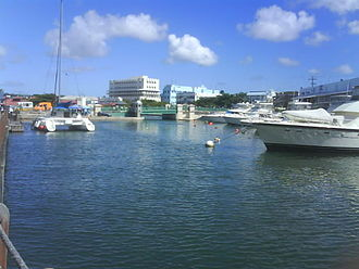 """Chamberlain Bridge - The Carineege (outer basin) named by the """"Bajans"""" as Constitution River"""