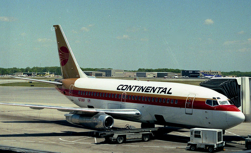 File:Continental Airlines B737-200 N7381F.jpg