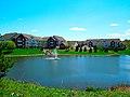 Cortland Pond Apartments - panoramio.jpg