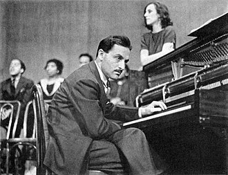 The Cradle Will Rock - Marc Blitzstein (with Olive Stanton leaning on the piano) performing The Cradle Will Rock (January 1938)